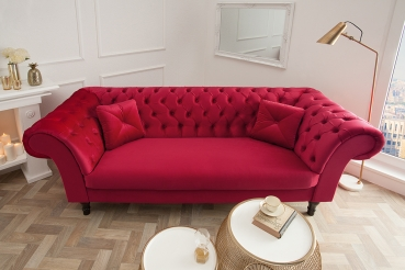 moebel chesterfield sofa louise samt rot. Black Bedroom Furniture Sets. Home Design Ideas